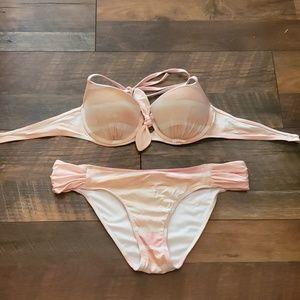 Abercrombie & Fitch swimwear